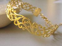 Ladies Gold Bracelet