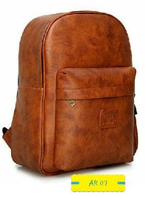 AR 07 Leather College Bag