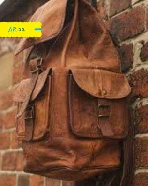 AR 22 Leather College Bag