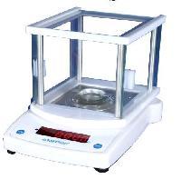 High Precision Laboratory Balances 03