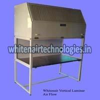 E Series Vertical Laminar Air Flow Cabinet