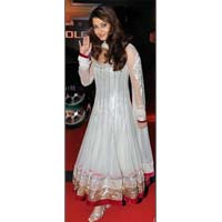 Aishwarya in White Mashkali Suit