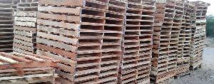 Wooden Palles 13