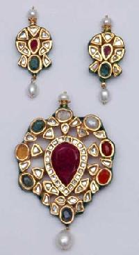 Kundan Necklace Set 14
