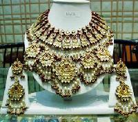 Kundan Necklace Set 16