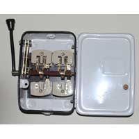 32 AMP & 240 Volt Changeover Switch