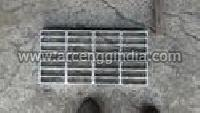Trench Gratings 04