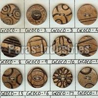 Wooden Buttons 06