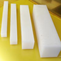 Nylon Square Rods