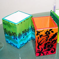 Hand Painted Pen Stand 02