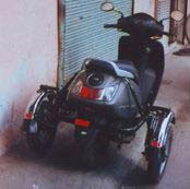 Side Wheel Attachment For Scooter 02