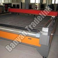 Semi Laser Cloth Cutting Machine