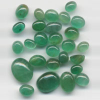 Green Emerald Gemstone (02)