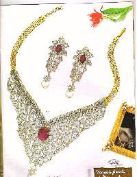 Diamond Necklace Set 02