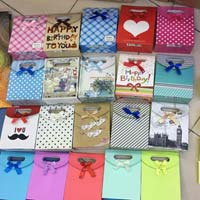 Gift Boxes 01