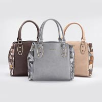 Ladies Designer Handbags 07