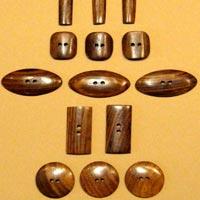 Buffalo Horn Button 15