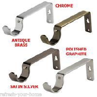 Center Support Brackets 04