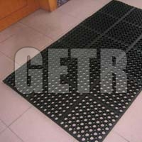 Hollow Rubber Mat 06