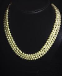 Coloured Pearl Necklace 03