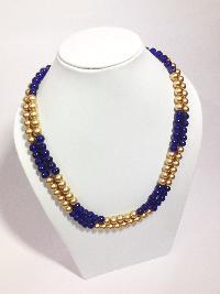 Coloured Pearl Necklace 02