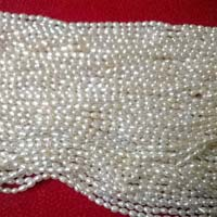 Loose Pearls 08