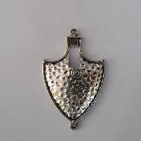 Metal Pendants 18