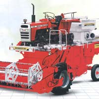 Dasmesh (912) Tractor Driven Combine Harvester