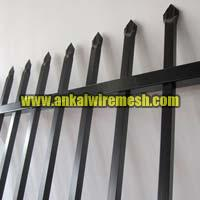 Powder Coated Pregalvanized Spear Top Security Garrison Fencing