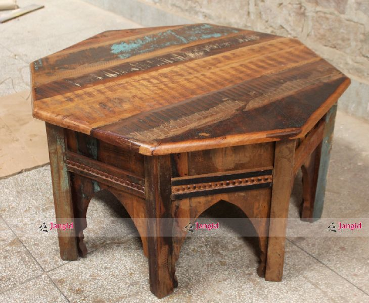Reclaimed & Recycled Wood Cafe Furniture