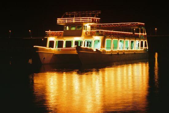 Cruise Vessels