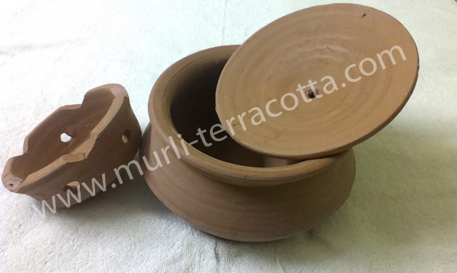 Terracotta Briyani Handi with Stand 02