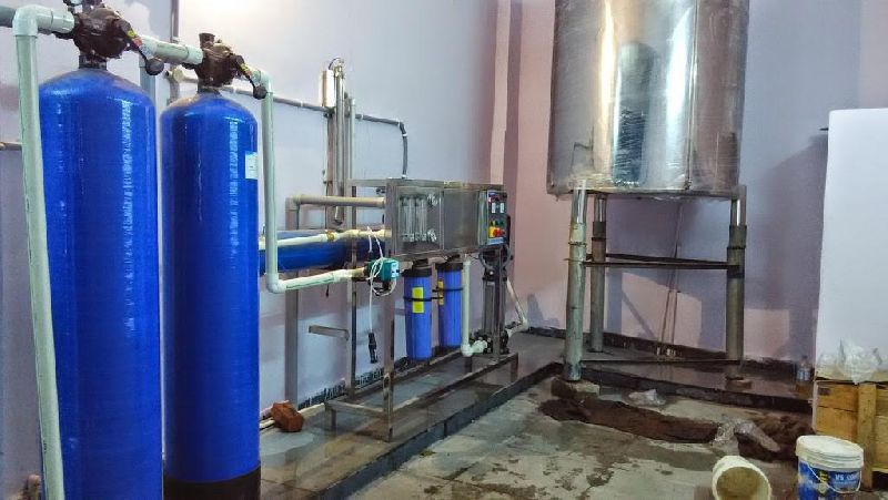 2000LPH Semi Automatic Drinking Water RO Plant 01