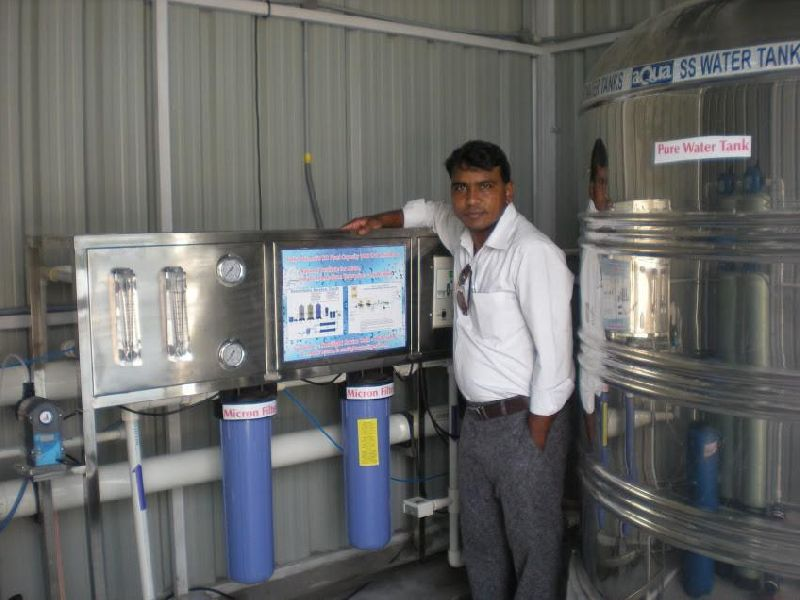 2000LPH Semi Automatic Drinking Water RO Plant 02