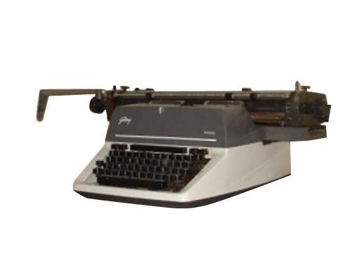 Godrej Prima English Typewriter