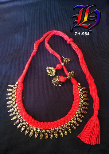 Chained Thread Necklace