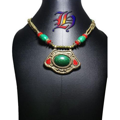 Green Plated Handmade Stone Necklace