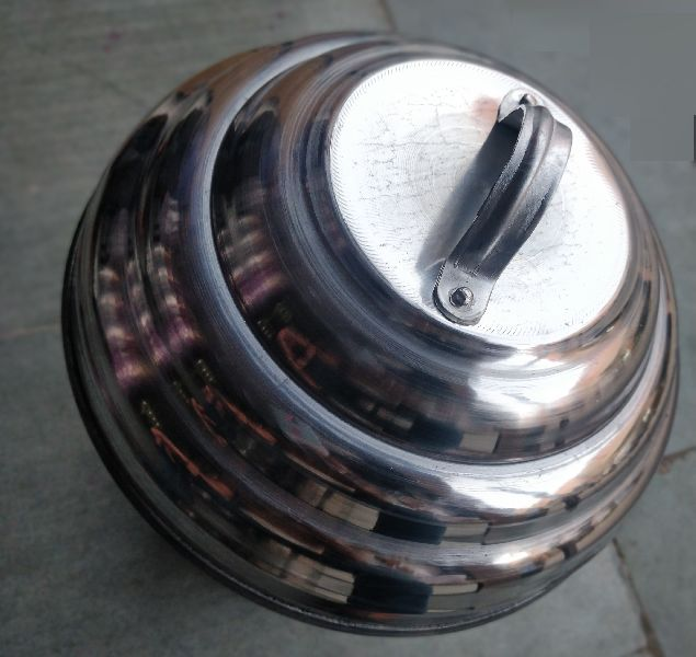 Aluminium Idli Cooker With Stand image 02