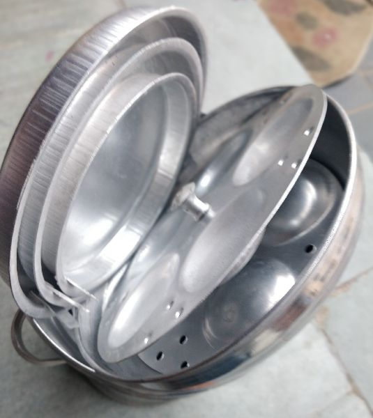 Aluminium Idli Cooker With Stand image 03