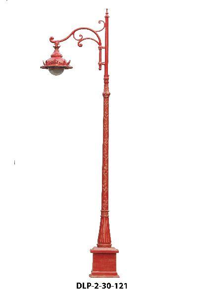 Reddish Garden Lamp Pole