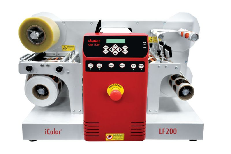 iColor® LF200 Compact Digital Label Finisher