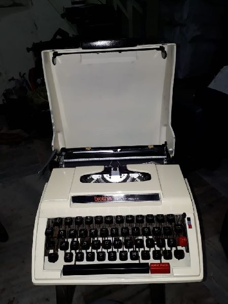 Brother White Portable Typewriter 06