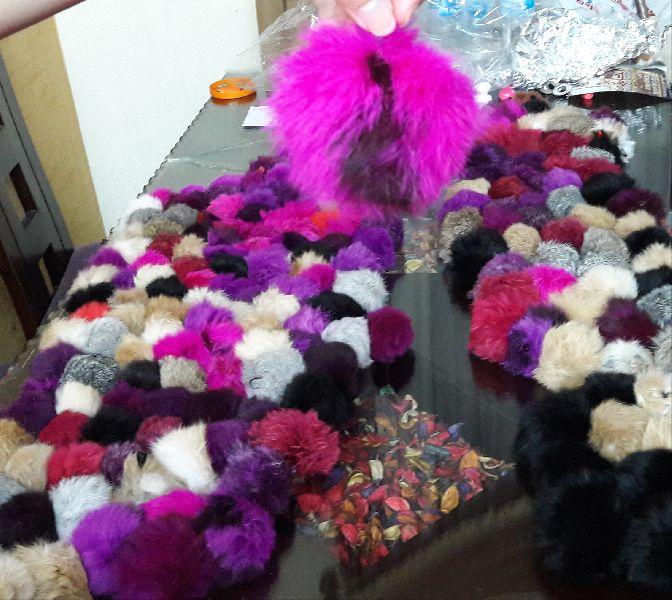 Rabbit Fur Pom Poms 02