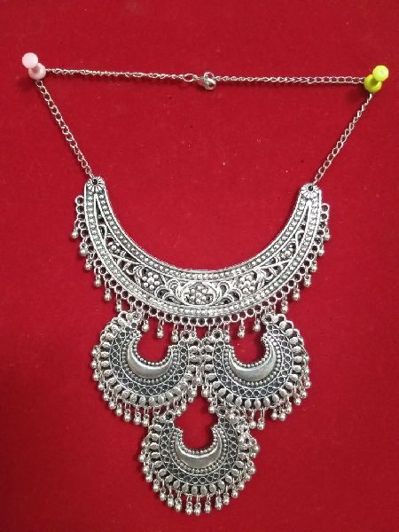 Antique Necklace 02
