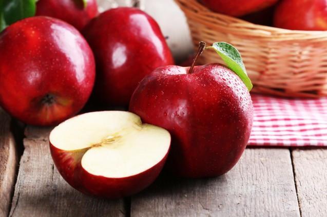 Fresh Apple 01