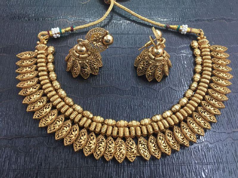 Imitation Necklaces 02
