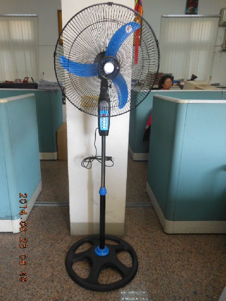 VX-FN1404-110 Digital Pedestal Fan