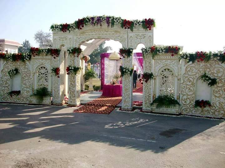 White Entrance Gate for Wedding Decor