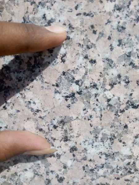Lite Rosy Granite Slabs 02
