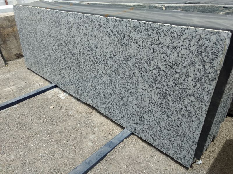 P White Granite Slabs 03